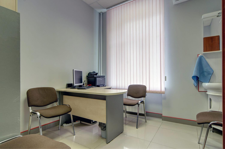 наркологическая клиника — кабинет врача